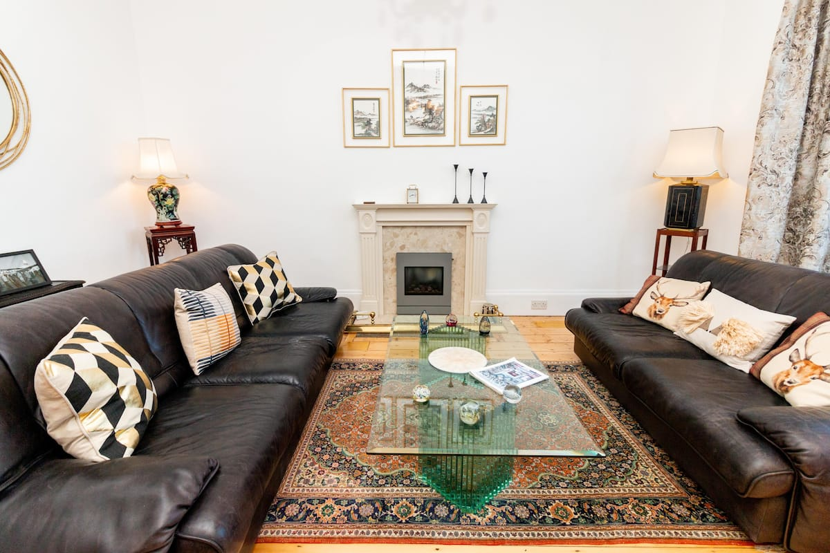Two Bed Apartment 'Invertay' Newport on Tay